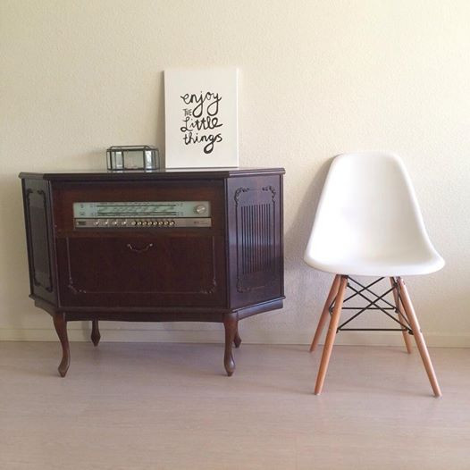 KWANTUM PARIS STOEL EAMES LOOK A LIKE   REMADE with love