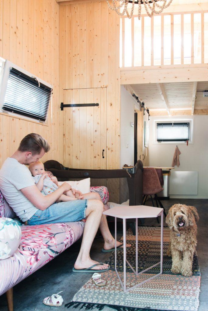 interieur Tiny House overnachting droompark maasdiuinen