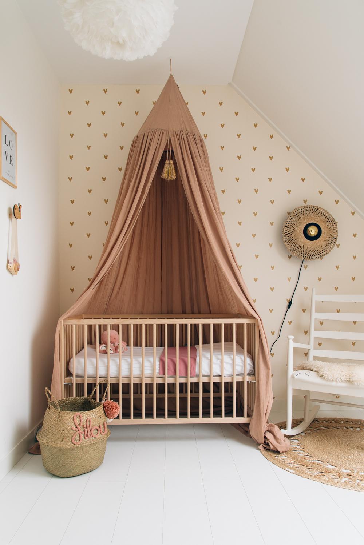 babykamer inspiratie oud roze hemeltje